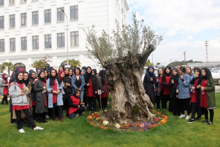 Liseli Öğrenciler Yalova İl Tarım Ve Orman Müdürlüğünü Ziyaret Etti