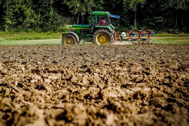 Her İki Günde Bir Çiftçi İntihar Ediyor