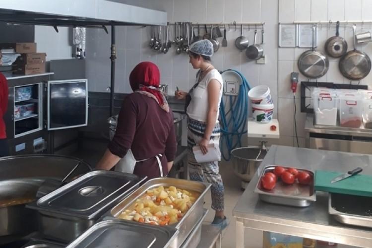 Antalya'da Okul Kantin Ve Yemekhanelerine Sıkı Denetim