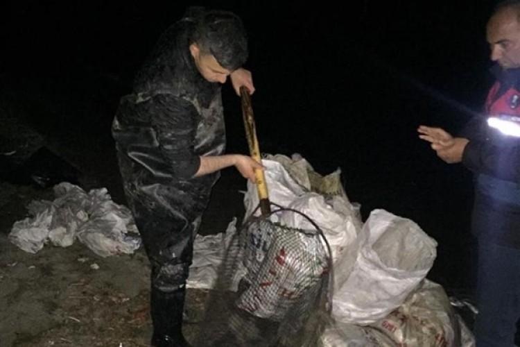 Van'da Kaçak Avlanılan 1,5 Ton İnci Kefali Ele Geçirildi