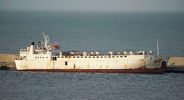Akdeniz'de gemi krizi: Türkiye geri çevirince ortada kaldılar