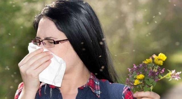 Baharın Gelmesiyle Birlikte Göz Alerjisi ve Alerjik Nezle Belirtileri Şiddetlenebilir ve Koronovirüs Bulaşma Riski Artabilir