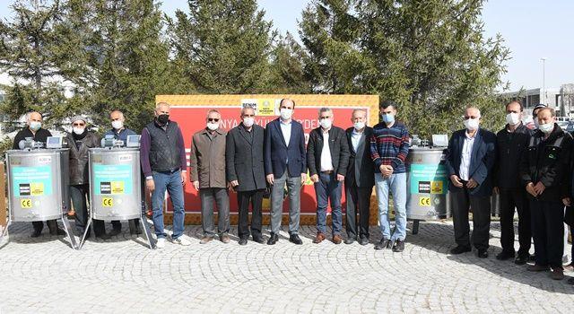 Büyükşehir'den Bal Üreticilerine 2 Milyon Liralık Ekipman Desteği