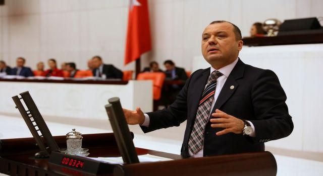 """Chp vekili Aygun'dan kivi tepkisi: """"Kaçak İran kivisi için önlem alın"""""""
