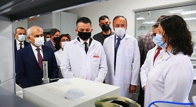 Bakan Pakdemirli, Bitkisel Gıdalar Araştırma Merkezi'nin Açılış Törenine Katıldı