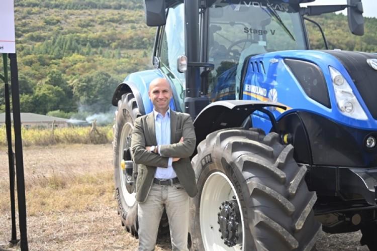 New Holland Son Teknolojilerini Bursa Tarım Fuarı'nda Çiftçilerin Beğenisine Sundu