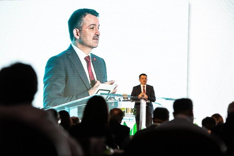 Pakdemirli: Kuru Üzümde Türkiye Dünya Lideridir