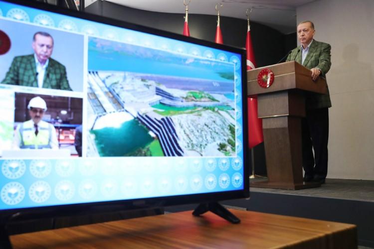 Cumhurbaşkanı Erdoğan, Ilısu Barajı Enerji Santralini Hizmete Açtı