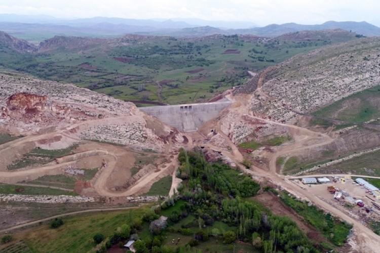 """Bakan Pakdemirli: """"Baraj Kapakları Kapatıldı, Su Tutma İşlemi Başlatıldı"""""""