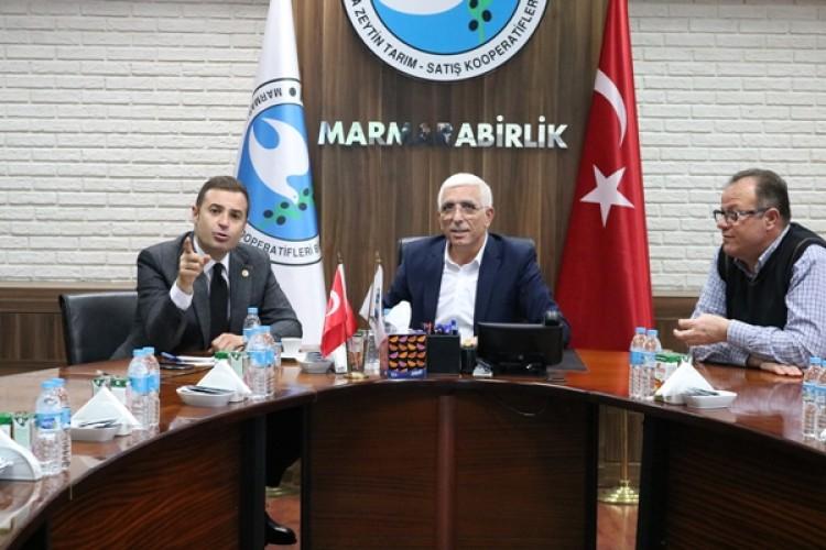 CHP'li Ahmet Akın: Marmarabirlik Bir Dünya Markası