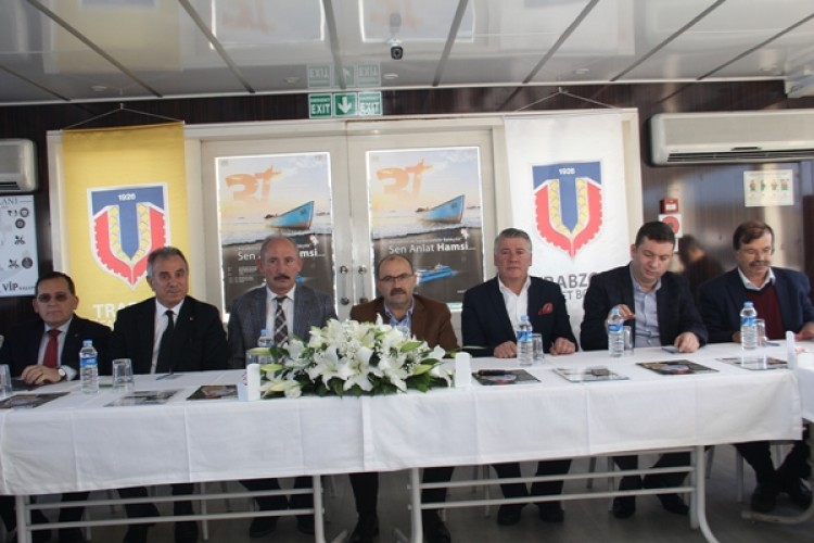 'Karadeniz'de Sürdürülebilir Balıkçılık' Paneli Denizde Yapıldı