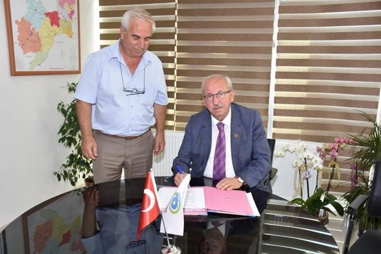 Büyükşehir Belediyesiden Üreticiye Yem Bitkisi Tohum Desteği Protokolü