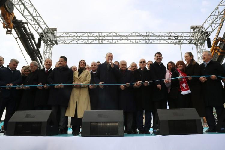 Cumhurbaşkanı Erdoğan: İzmir'e Son 17 Yılda 4,5 Milyar Liralık Hibe Desteği, 6,6 Milyar Liralık Orman Ve Su Yatırımı Yaptık