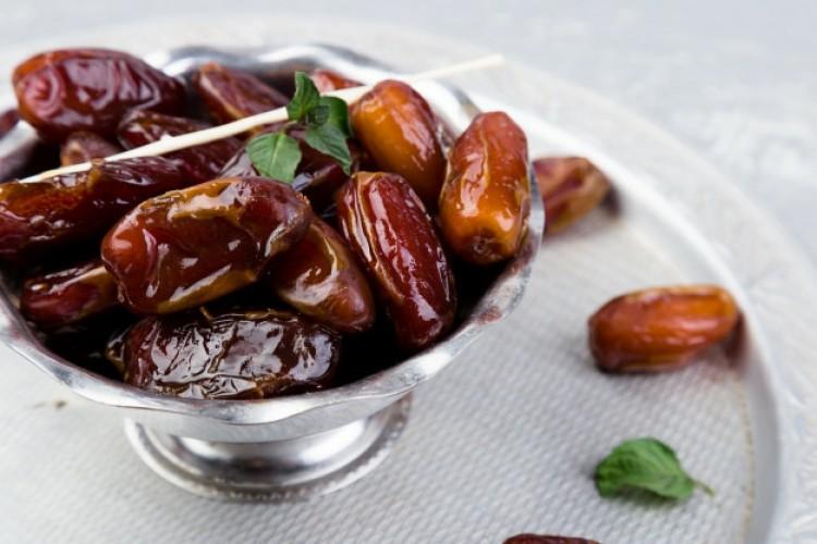 Ramazanda Doğru ve Sağlıklı Beslenmenin En Önemli Kuralı: Bedeninizi İyi Dinleyin!