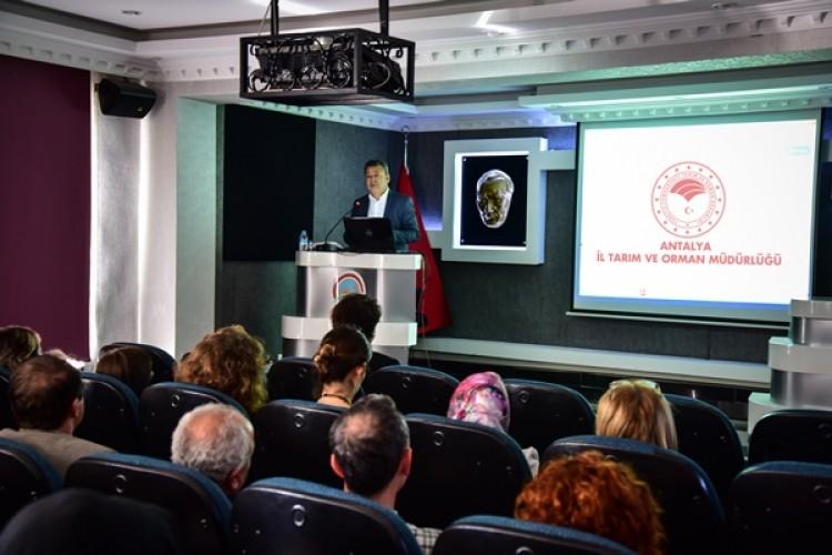 Antalya'da Tarım Personeline Kişisel Gelişim Eğitimi