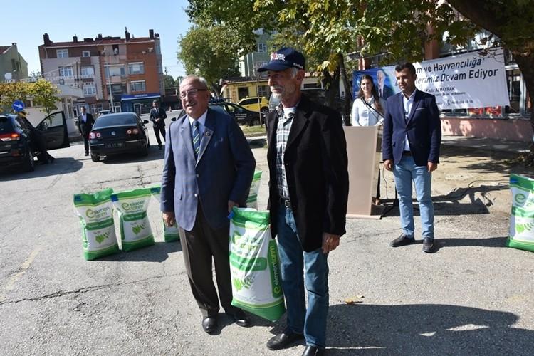 Büyükşehir Belediyesi'nden Besicilere Yem Bitkisi Tohumu Desteği