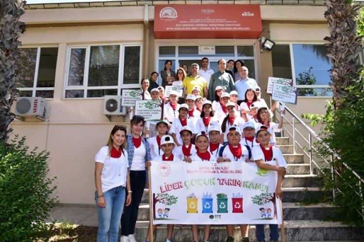 Antalya'da Lider Çocuk Tarım Kampı Başladı