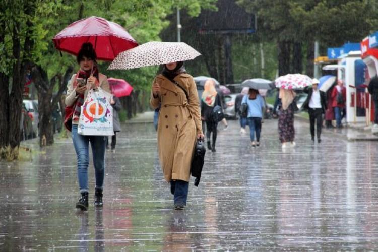 Meteoroloji 5 İli Uyardı! Kuvvetli Sağanak Vuracak…