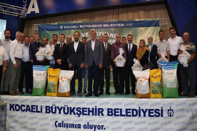 Büyükşehir'den bin 500 çiftçiye yem bitkisi tohumu desteği