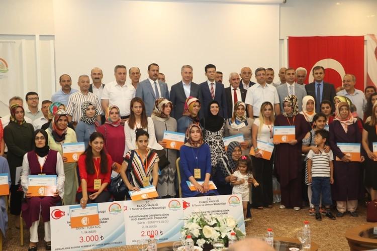 Tarımda Kadın Girişimcilere Ödül ve Sertifika Verildi
