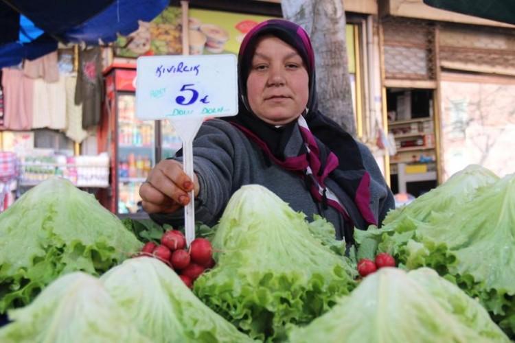 Çiftçilerden pazardaki fiyatlara tepki! '2-3 katına satıyorlar'
