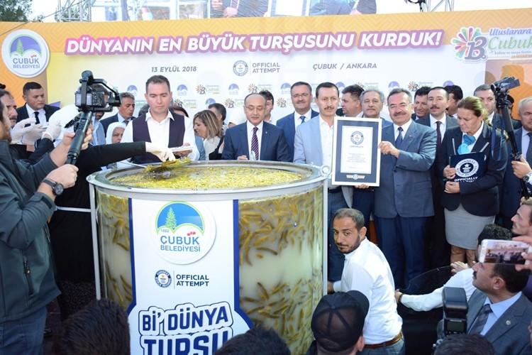 13. Uluslararası Çubuk Kültür ve Turşu Festivali Başladı