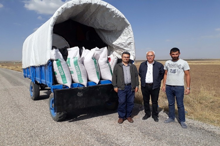 Üreticilere Yüzde Yüz Hibeli Buğday ve Arpa Tohumu Dağıtıldı