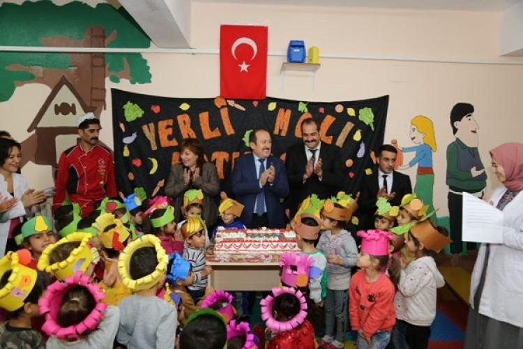 """Şırnak'ta """"Tutum Yatırım Ve Türk Malları Haftası"""" Kutlandı"""