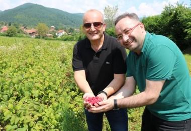 Meyvecilik Bursa Büyükşehir'le güç kazanıyor