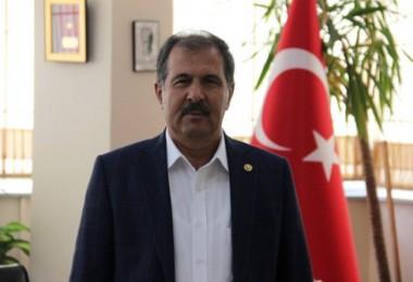 AK Parti Milletvekili Rafet Sezen: Bakanımın tarımın 't'sinden haberi yok