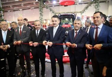 CASE IH'in Çok Amaçlı Yeni Traktör Serisi JXE Görücüye Çıktı