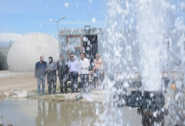 Van Gölü kıyısında 60 derecelik termal su kaynağı bulundu