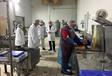 Akhisar'da 28 Gıda Kontrol Görevlisi Sahada Denetim Yaptı