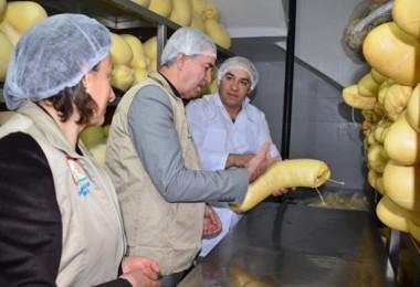 Denizli'de Gıda Kontrol Görevlileri Sahada