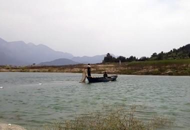 Karacaören 1 Baraj Gölünden Yeni Gelir Kapısı; Gümüş Balığı Avcılığı