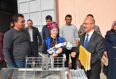 Çankırı'lı Genç Arıcılara, Arıcılık Alet ve Malzemeleri Törenle Dağıtıldı