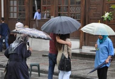 Meteoroloji'den Birçok İlde Sağanak Yağış Uyarısı