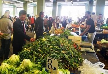 Yalova'lı Üreticiler Pazaryerinde Ürünlerini Satıyor