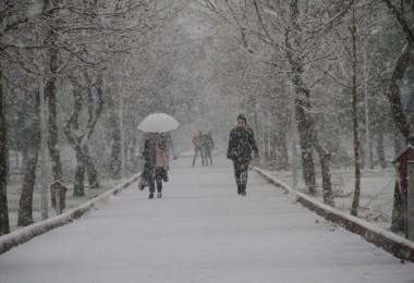 Meteoroloji O İlleri Saydı Ve Uyardı: Kar Geliyor