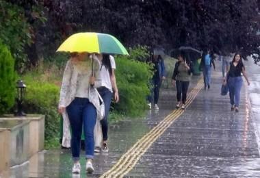 Meteoroloji Bu 9 İl İçin Uyarı Yayınladı! Sağanak Yağış Var