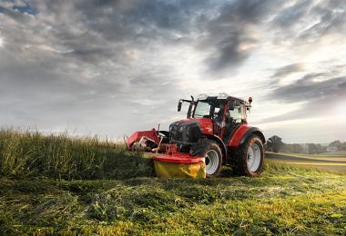 Satışlar Düştü! Çiftçi Traktör Alamıyor