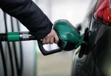 Son Dakika… Benzin Ve Motorine İndirim