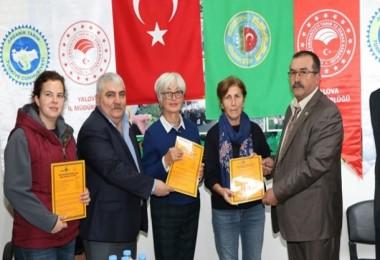 Yalova'da Organik Aronyacılara Sertifikaları Törenle Verildi