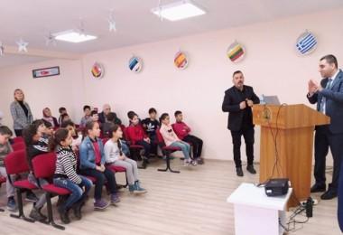 Öğrencilere Tuz ve Gıda Güvenliği Eğitimi Verildi