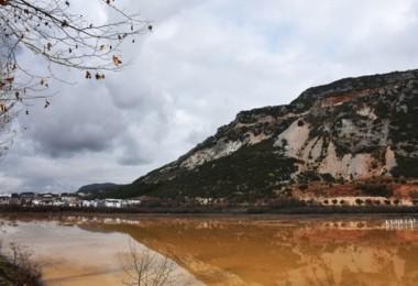 Muğla'da sağanak nedeniyle tarım arazileri su altında kaldı
