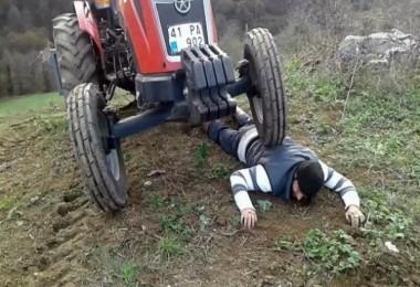 Mazot Fiyatlarına Tepki İçin Traktörü Üstüne Çıkardı
