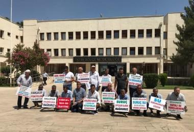 Üreticiler Tarlalarına Su Veremedikleri İçin DSİ'yi Protesto Ettiler