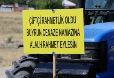 Borç nedeniyle suları kesilen çiftçiler eylem yaptı