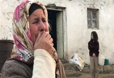 Çiftçi Aile, 40 Ton Otun Kül Oluşunu Gözyaşları İçinde İzledi