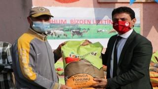 Çiftçilere 16 Ton Yem Bitkisi Tohumu Dağıtıldı